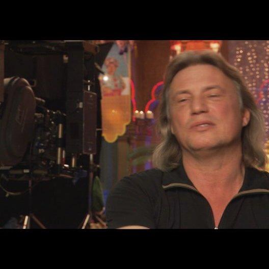 Harald Sicheritz (Regisseur) über die Zusammenarbeit mit Alina Freund - Interview