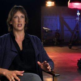 Miranda Hart über Melissa McCarthy - OV-Interview Poster