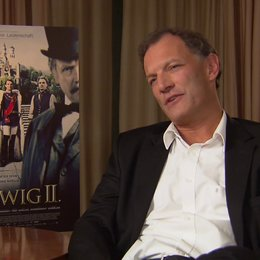 Ronald Mühlfellner über das Faszinierende an der Person Ludwig - Interview Poster