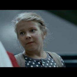 Ella und das große Rennen - Trailer Poster