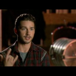 Interview mit Shia LaBeouf (Jerry Shaw) - OV-Interview Poster