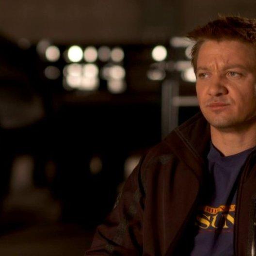 Jeremy Renner - Clint Barton - Hawkeye über seine Vorkenntnisse über die Rolle Hawkeye - OV-Interview