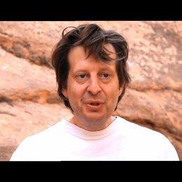 Christian Colson über den Film der unser aller Leben im Kurzen darstellt - OV-Interview