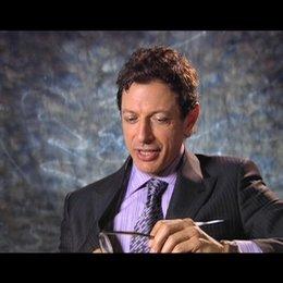 Jeff Goldblum ueber die Arbeit mit zwei Regisseuren - OV-Interview