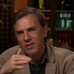 Christoph Waltz - Walter Keane - über seine Herangehensweise an Rollen - OV-Interview Poster