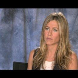 Jennifer Aniston ueber die Beziehung zwischen Wally und Kassie - OV-Interview