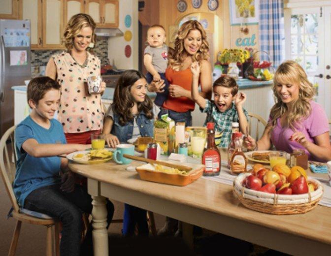 """Der Cast von """"Fuller House"""" ©Netflix"""