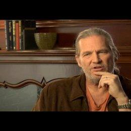 Jeff Bridges über den realen Hintergrund seiner Figur - OV-Interview Poster