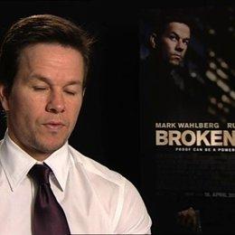 Mark Wahlberg darüber, warum der Film den Zuschauern gefallen wird - OV-Interview