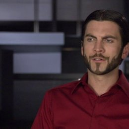 WES BENTLEY -Seneca- über seine Rolle - OV-Interview