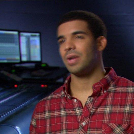 Drake über seine Rolle - OV-Interview Poster