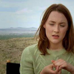 Saoirse Ronan über Diane Kruger als Sucherin - OV-Interview Poster