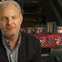 Francis Lawrence - Regisseur - über seine Begeisterung für den Film - OV-Interview Poster