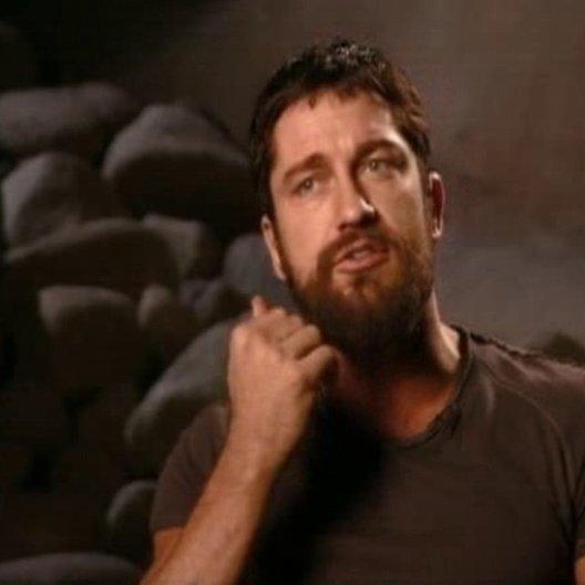 Gerard Butler (König Leonidas) über den Film, seine Figur König Leonidas und  warum er die Rolle angenommen hat. - OV-Interview Poster