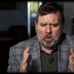 Timothy Spall über den Spaß bei den Dreharbeiten - OV-Interview Poster