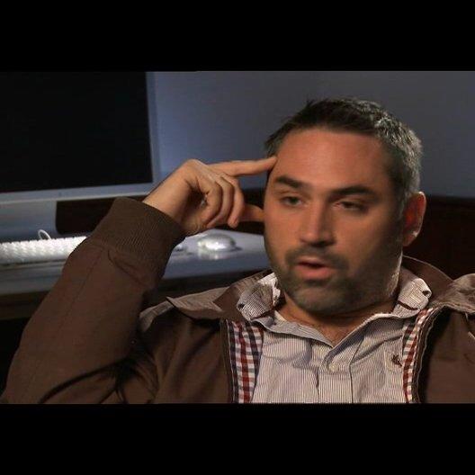 Alex Garland über die Herausforderung das Buch zu adaptieren - OV-Interview