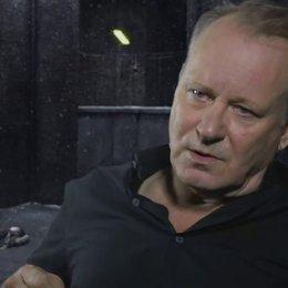 STELLAN SKARSGARD - Seligman - wie man die Sex-Szenen interpretieren sollte - OV-Interview
