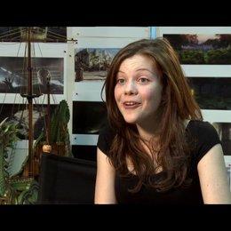 Georgie Henley über die Töffelpötte - OV-Interview Poster