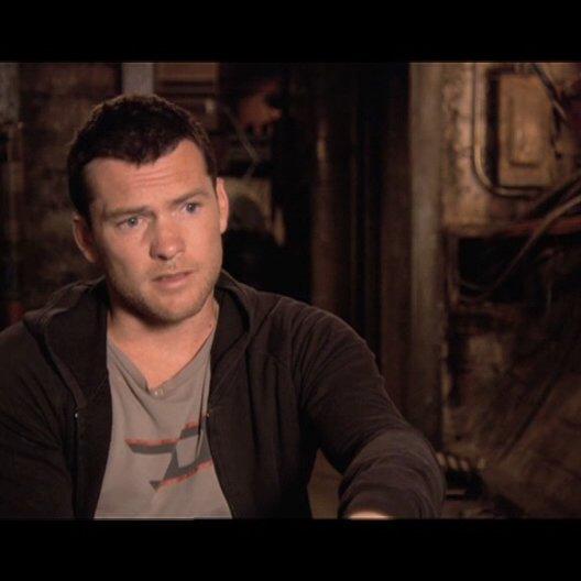 Worthington über das Besondere des Films - OV-Interview Poster