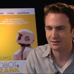 Jake Schreier - Regisseur - über den Zukunftsaspekt - OV-Interview Poster