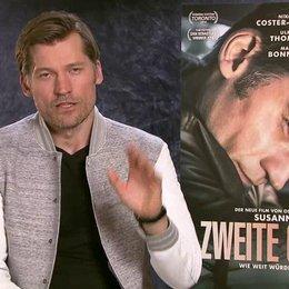 Nikolaj Coster-Waldau - Facebook Aufsager 1 mit Plakat - OV-Interview Poster