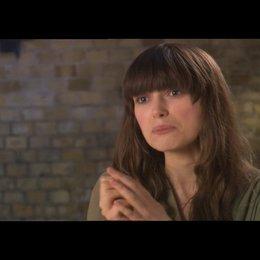 Keira Knightley über Carey Mulligan als Kathy - OV-Interview