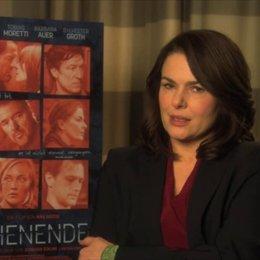 Barbara Auer über die Bedeutung der Frage, wer Jens verraten hat - Interview Poster