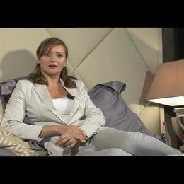 Julie Ferrier über Melanie - OV-Interview Poster