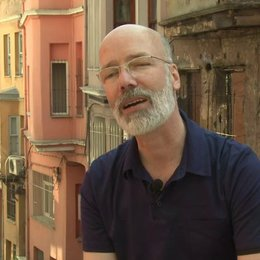 Jakob Claussen - Produzent - über Christian Ulmen - Interview Poster
