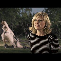 Kirsten Dunst über den Sebastian - OV-Interview Poster