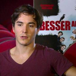 François Goeske (Tom) über Wann ist man erwachsen - Interview Poster
