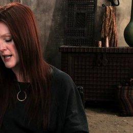 Julianne Moore über den Kampf Menschen gegen Hexen - OV-Interview