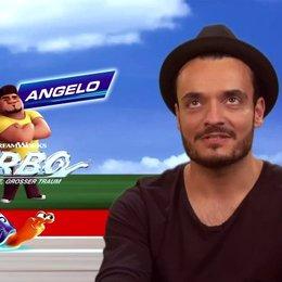 Giovanni Zarella - Tito - darüber, ob er Autorennen mag - Interview Poster