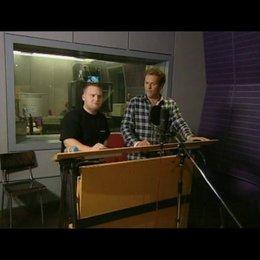Axel Stein und Christian Tramitz bei den Synchronarbeiten - Making Of Poster