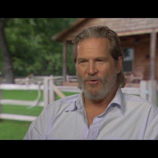 Jeff Bridges (Rooster Cogburn) über das Beste am Dreh eines Westerns - OV-Interview Poster