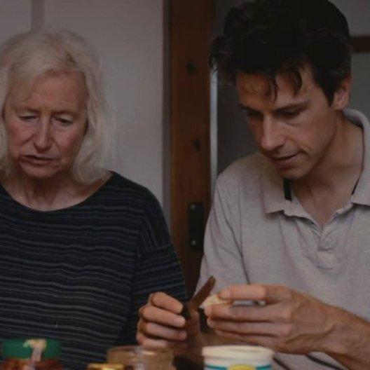 David kümmert sich allein um seine Mutter - Szene Poster