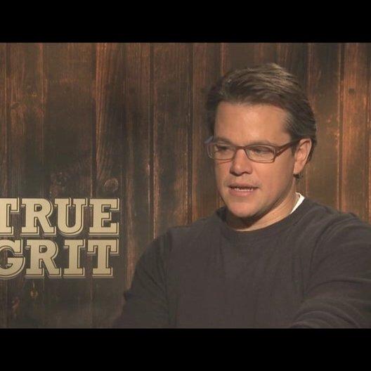 Matt Damon (La Boeuf) über seine Art im Film zu sprechen - OV-Interview Poster