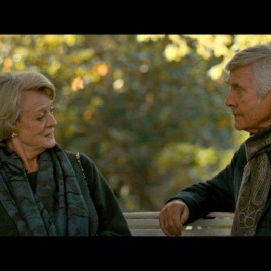 Jean und Reginald auf einer Bank - Szene Poster