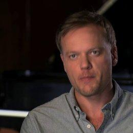 Jason Moore über Beca - OV-Interview