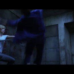 Lucy entflieht den Kidnappern - Szene Poster