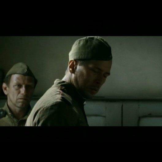 Deutsche und russische Soldaten kämpfen gemeinsam - Szene Poster