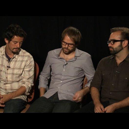 Josch Mond, Sean Durkin und Antonio Campus über die zwei unterschiedlichen Teile des Films - OV-Interview Poster