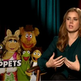 Amy Adams (Mary) über die Message des Films - OV-Interview Poster
