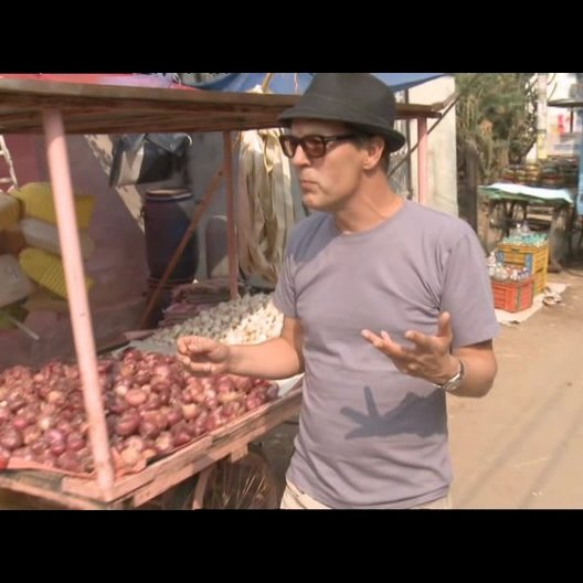Alan Macdonald - (Szenenbild) über den Aufbau des Marktes - OV-Interview