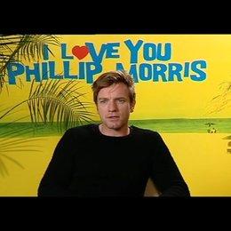 Ewan McGregor (Phillip Morris) über den echten Phillip Morris - OV-Interview Poster