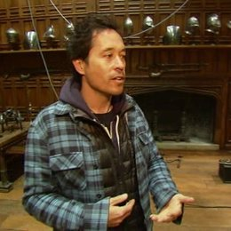 Austerberry über das Set von Buckingham - OV-Interview