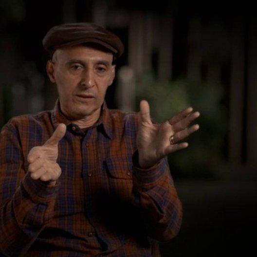 John Turturro über die Kostüme und Frisuren - OV-Interview