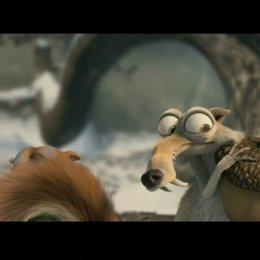 Ice Age 3 - Die Dinosaurier sind los - Teaser Poster