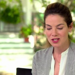 Michelle Monaghan - Amanda - über ihre Figur Amanda und deren Beziehung zu Dawson - OV-Interview Poster