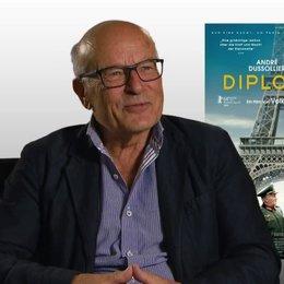 Volker Schlöndorff (Regie) über Andre Dussolier - Interview Poster